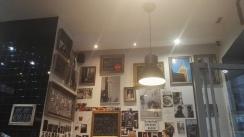 Burger Inn interiér